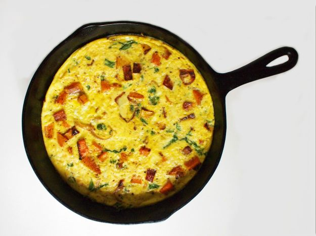 frittata with butternut squash, caramelized onions, & mustard greens | bloom & nourish